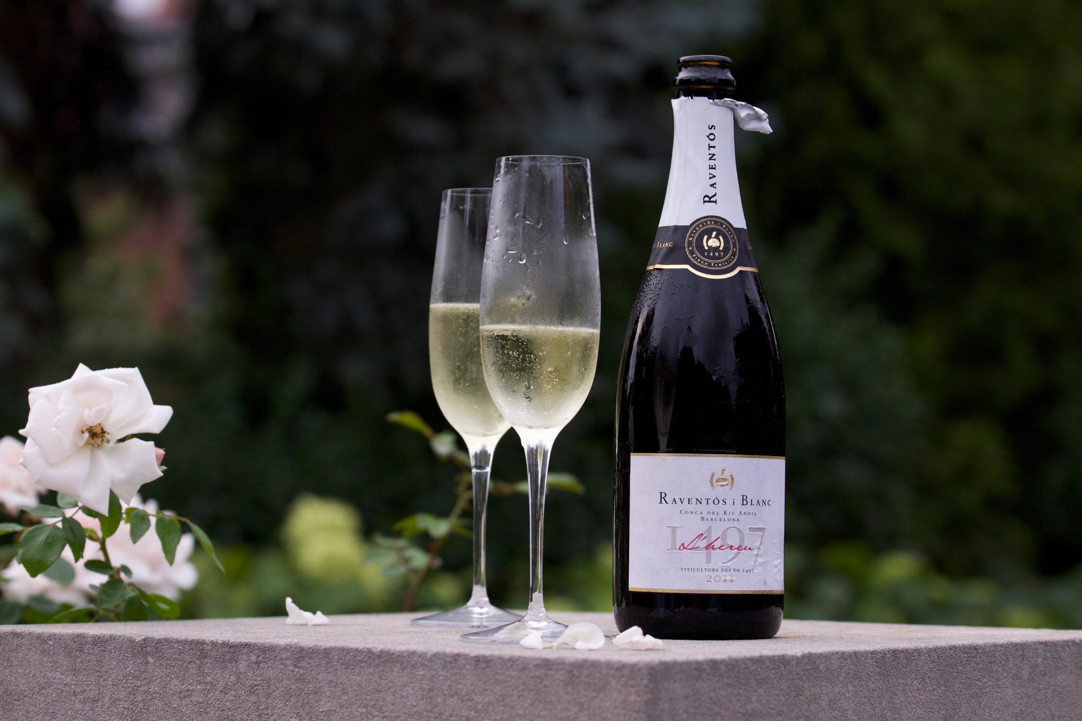 champagne in the rain