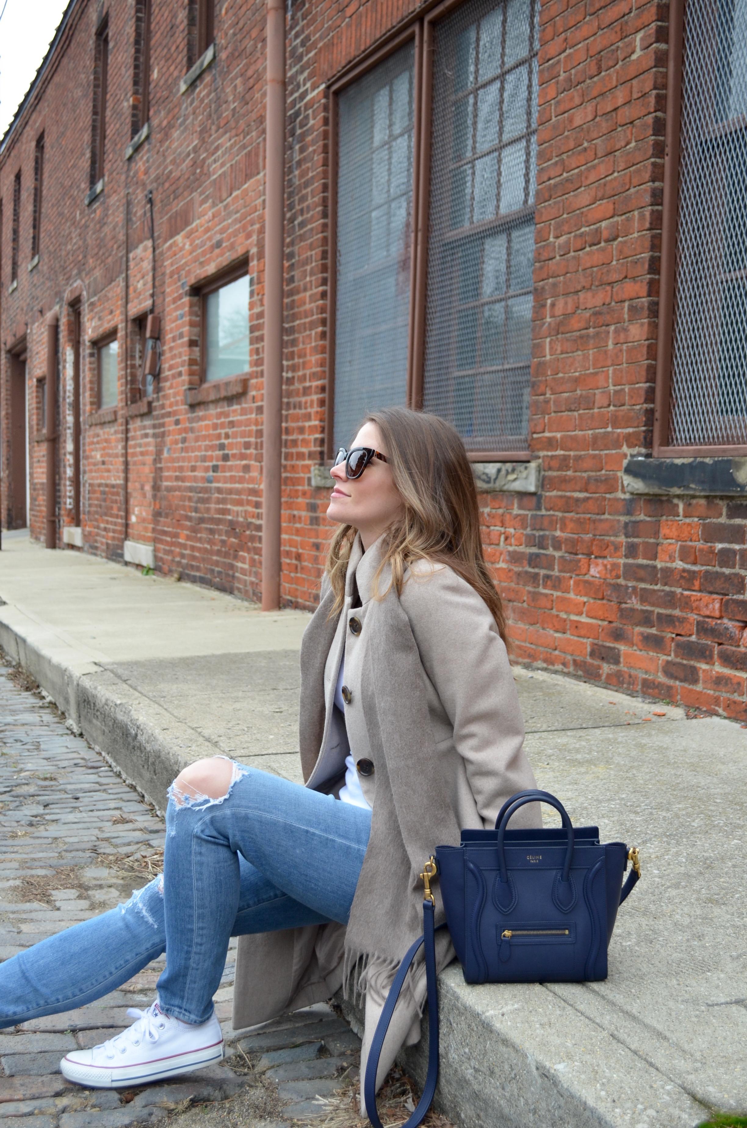 navy celine bag pregnant blogger maternity outfit