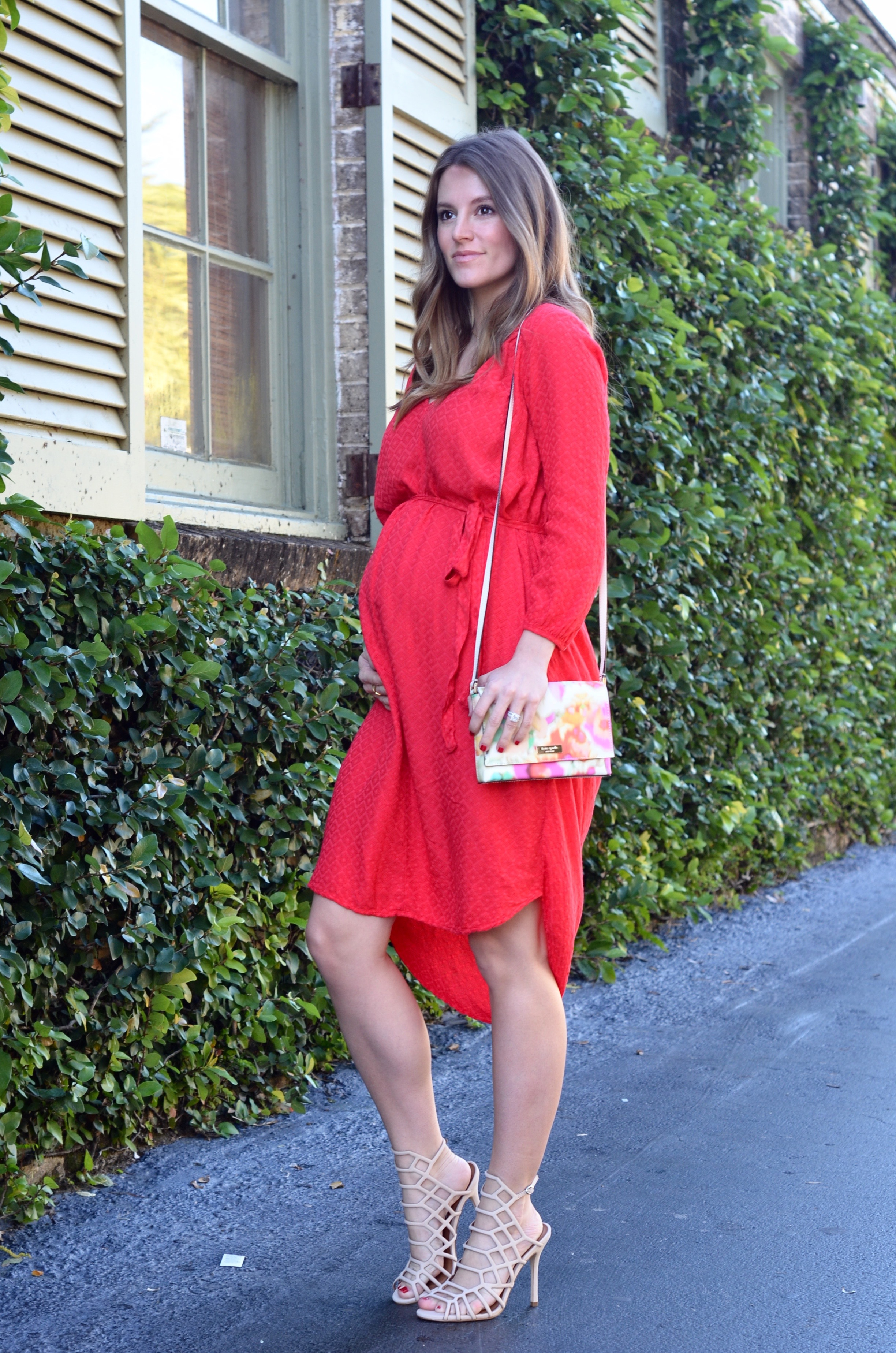 pregnant blogger red dress valentines day