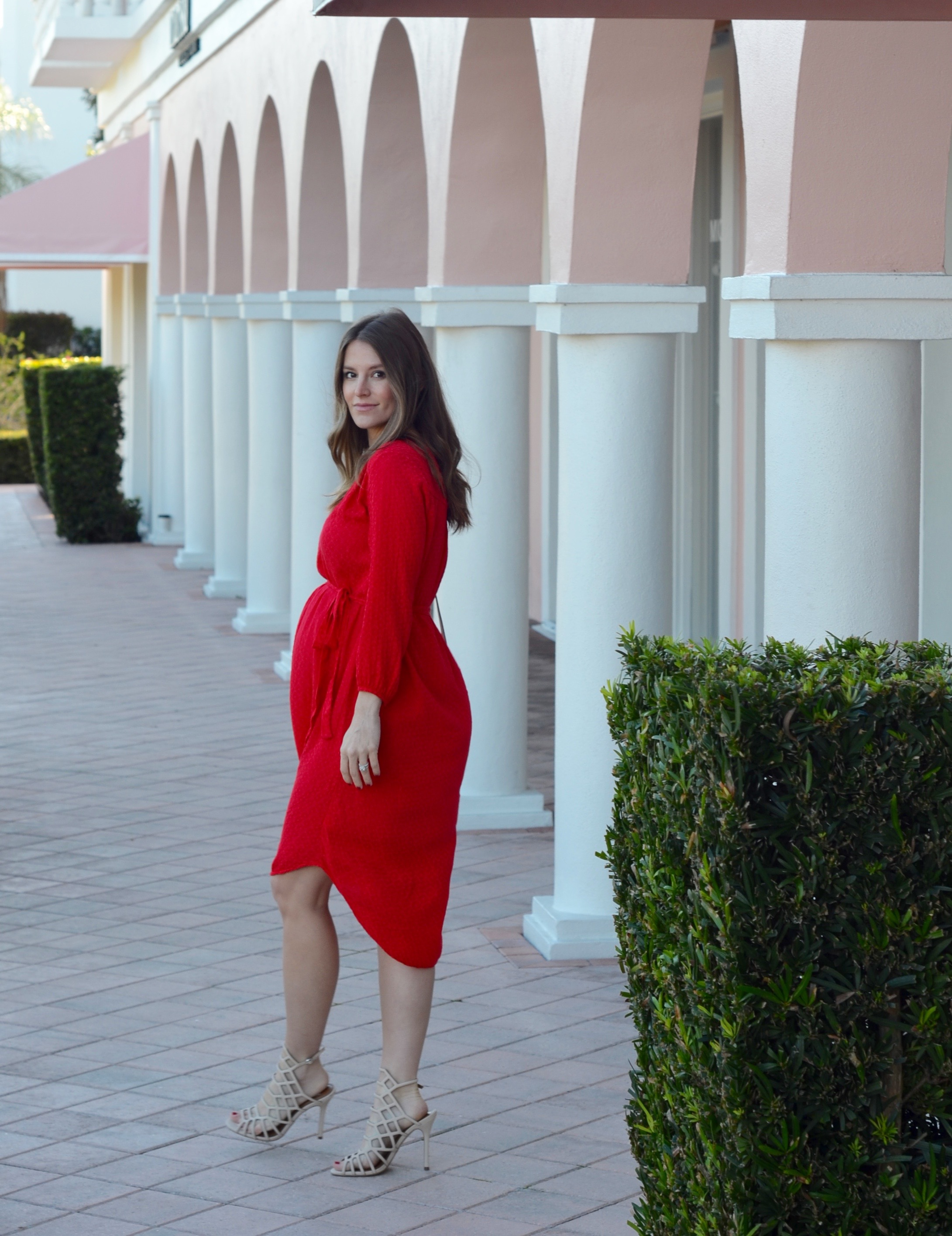 red dress valentines day outfit pregnant blogger