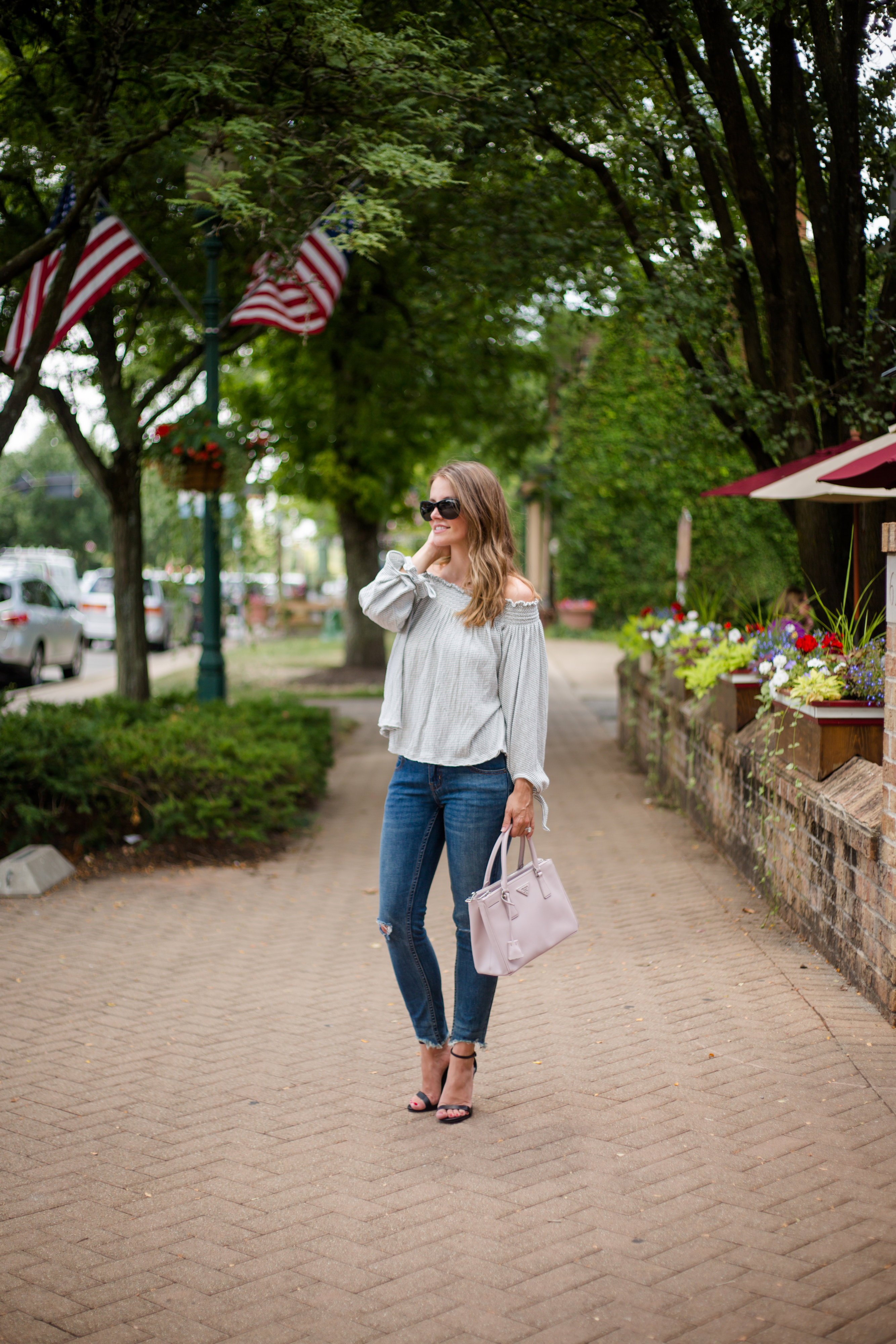 raw hem jeans with heels fall 2016 outfit blogger