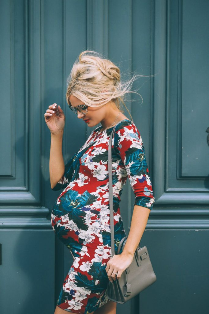 amber fillerup pregnant outfit